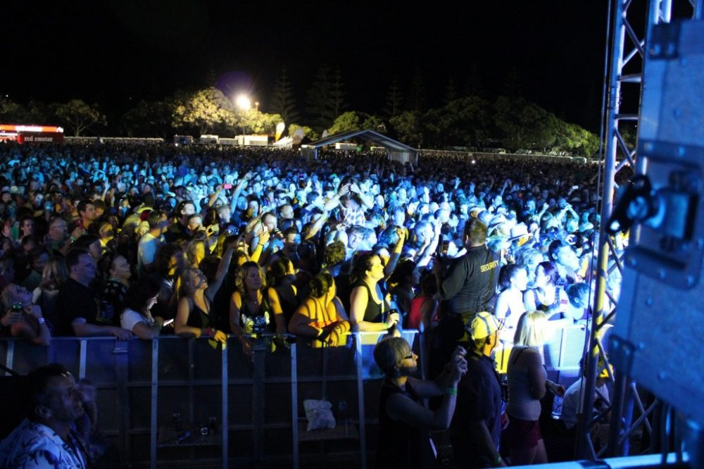 oz_rock_crowd